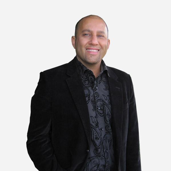 Bob Zadeh North Vancouver Top Real Estate Agent
